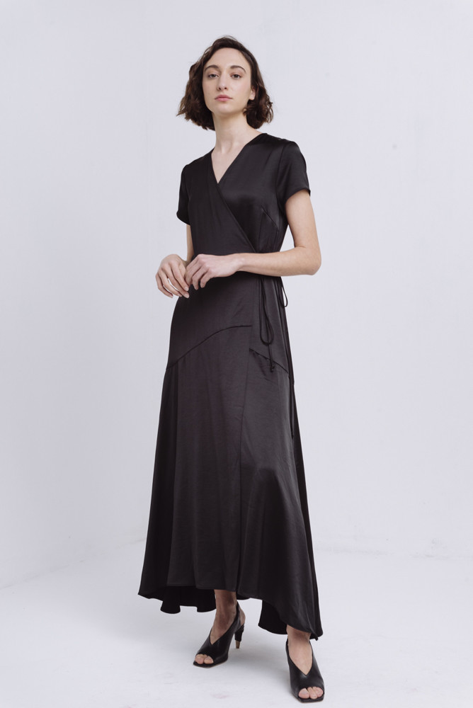 תמונה של DESIREE DRESS BLACK