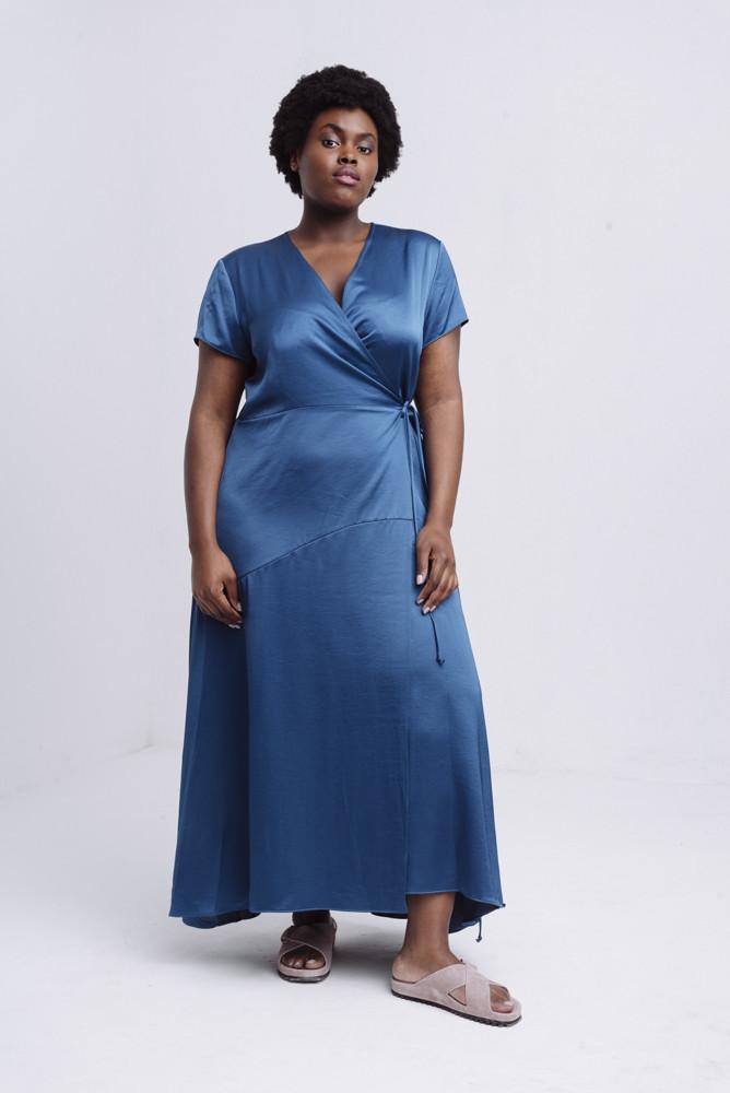 תמונה של DESIREE DRESS BLUE
