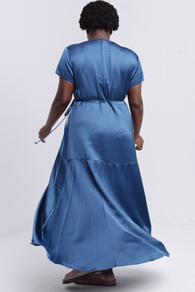 תמונה של DESIREE DRESS BLUE